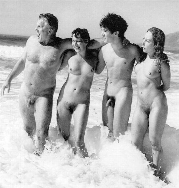 AbsoluGirl - Naturistes nudistes - Videos de femmes